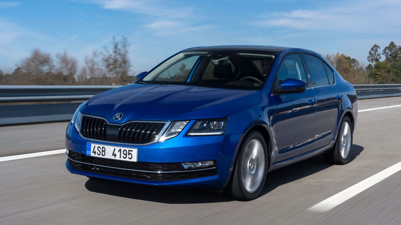 2017 Skoda Octavia First Drive Review Auto Trader Uk