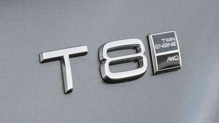 2016 Volvo XC90 T8 hybrid
