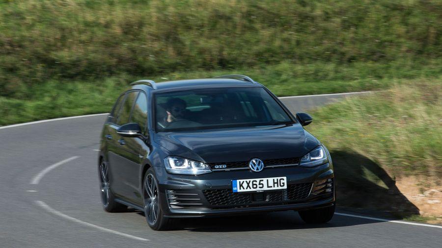 2015 Volkswagen Golf GTD Estate handling