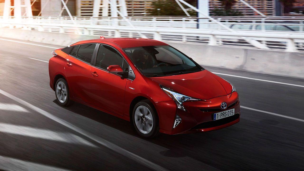 New 2016 Toyota Prius revealed