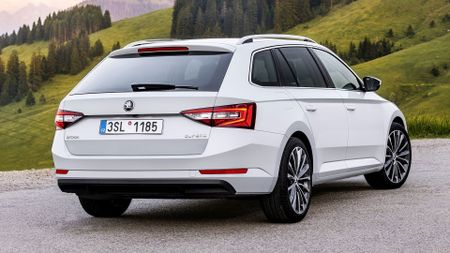 2015 Skoda Superb estate review