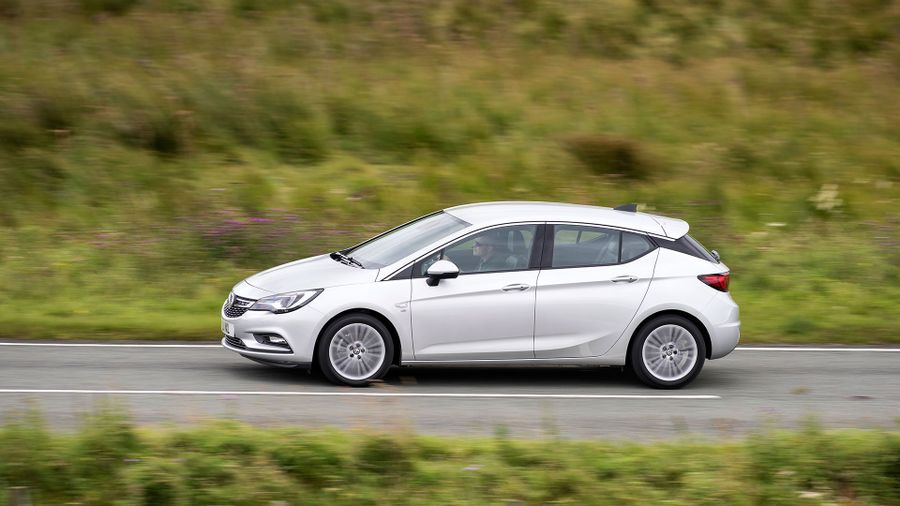 2015 Vauxhall Astra first drive review