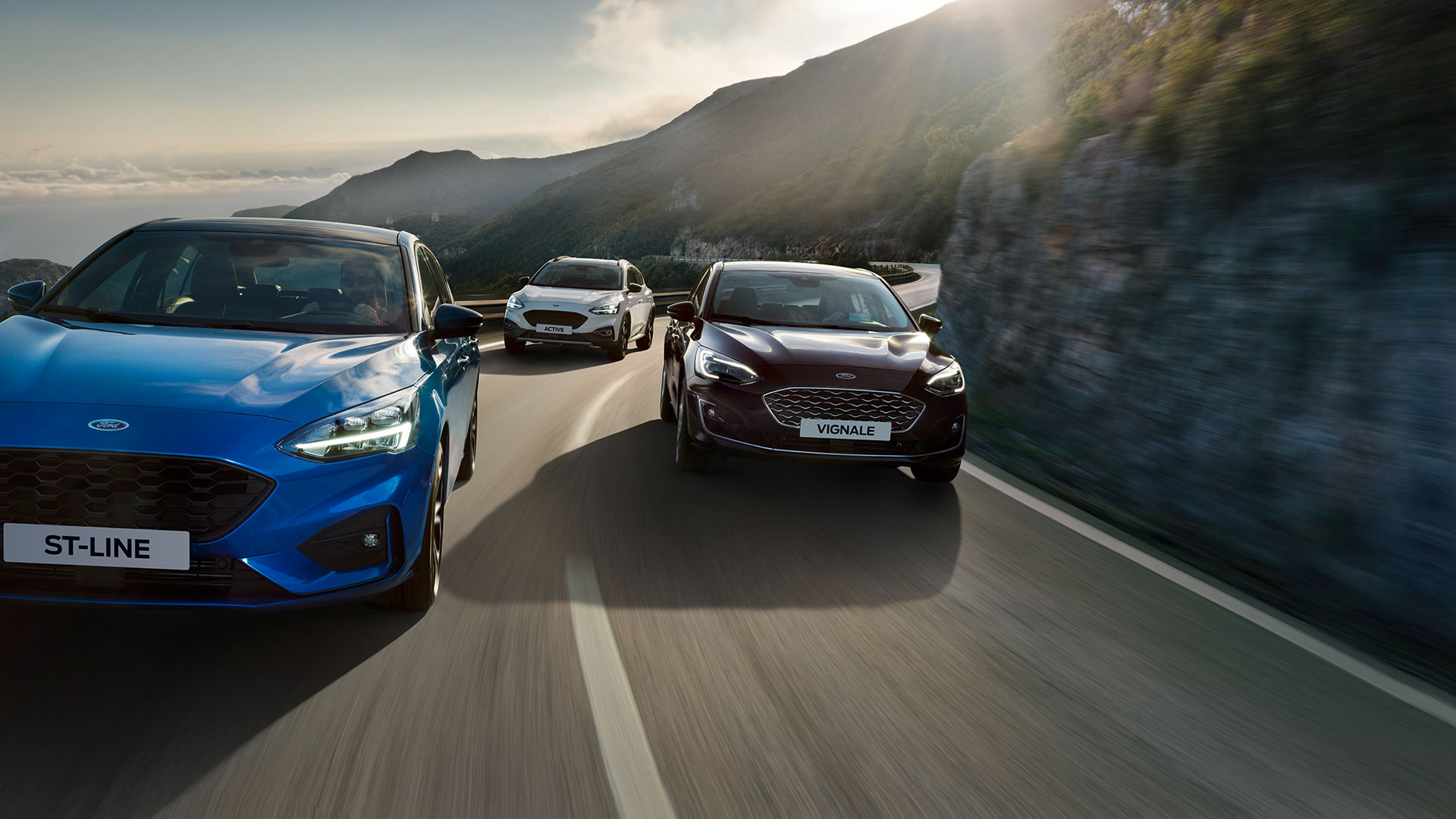 Ford Focus unveiled, Active crossover & ST-Line added
