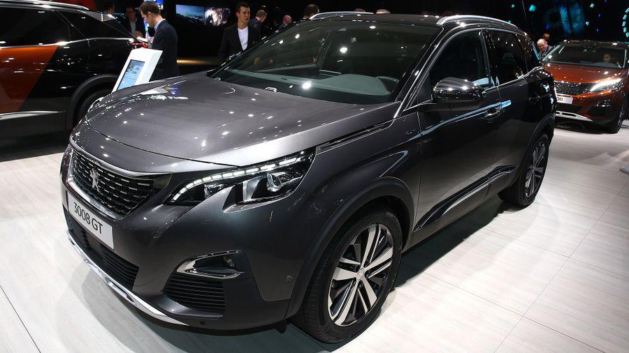 Peugeot Unveils New Suv Auto Trader Uk