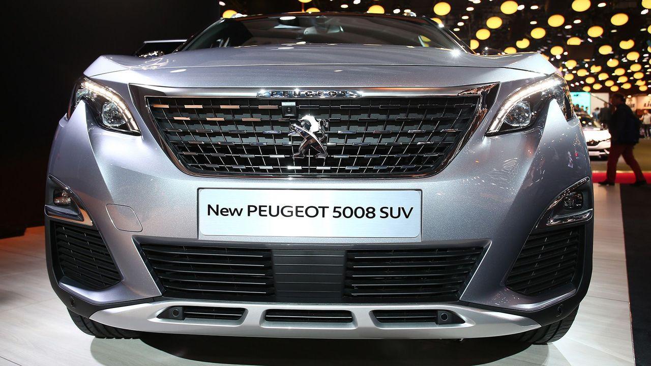 Peugeot Reveals New Suv Auto Trader Uk